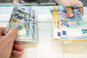 اليورو يقفز إلى 1.2274 دولار .. أعلى مستوى له في 20 شهرا