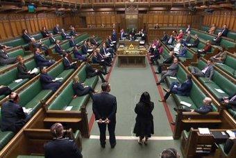 مجلس العموم البريطاني يؤيد بأغلبية ساحقة اتفاق التجارة مع الاتحاد الأوروبي