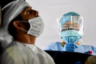 لليوم الرابع على التوالي.. الإمارات تسجل حالات قياسية لإصابة كورونا