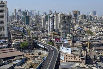 الهند تتوقع انكماش الناتج المحلي 7.7% في 2020-2021