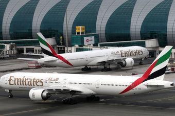 طيران الإمارات: لاتعافي لسفر حتى نهاية العام