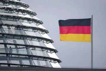 ألمانيا تمدد إجراءات العزل العام لاحتواء كورونا حتى 7 مارس