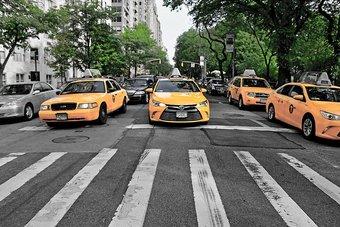 هل تختفي سيارات الأجرة الصفراء من شوارع نيويورك ؟