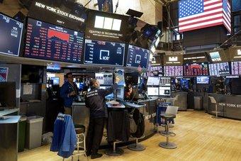 الأسهم الأمريكية تتراجع مع بدء التداولات بفعل هبوط شركات التكنولوجيا