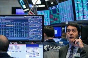 الأسهم الأمريكية ترتفع مع تحول التركيز للتحفيز والنتائج