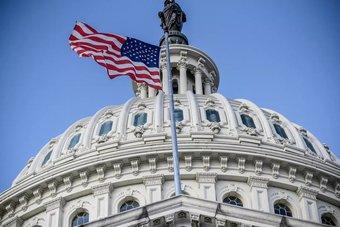 مجلس الشيوخ يمهد لإقرار حزمة قدرها 1.9 تريليون دولار لإنقاذ الاقتصاد