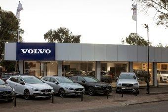 """""""فولفو"""" تعتزم وقف بيع سيارات الوقود التقليدي بحلول 2030"""