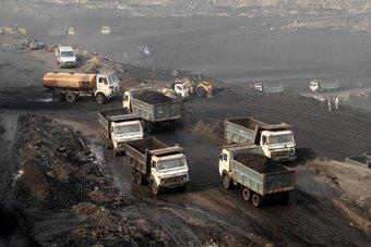 صناعة الفحم تلفظ أنفاسها الأخيرة في أوروبا وأمريكا وتستوطن آسيا الناشئة