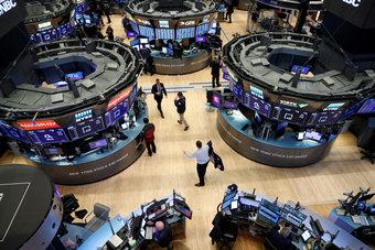 الأسهم الأمريكية تستقر قبيل كلمة لرئيس مجلس الاحتياطي