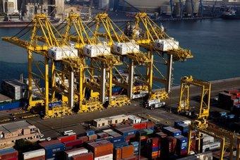 موانئ دبي العالمية توقع اتفاقية لإنشاء ميناء في إندونيسيا باستثمارات تصل إلى 1.2 مليار دولار
