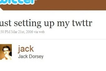 """بعد 15 عاما.. مؤسس """"تويتر"""" يعرض التغريدة الأولى للبيع"""