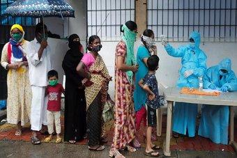 الإبلاغ عن إهدار كمية ضخمة من اللقاح المضاد لفيروس كورونا في الهند