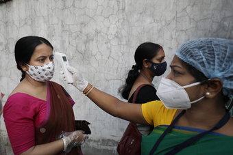 سوق سوداء في الهند تستفيد من نقص الأكسجين والأدوية