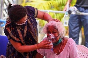 أكثر من 360 ألف إصابة جديدة بكورونا في الهند.. أكبر عدد يومي في العالم