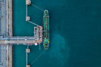توقعات بتراجع واردات الهند من النفط بأكثر من مليون برميل يوميا