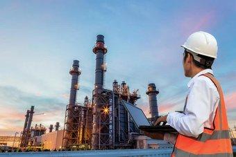 أسعار النفط تصعد 1% بدعم من بيانات اقتصادية أمريكية وصينية قوية
