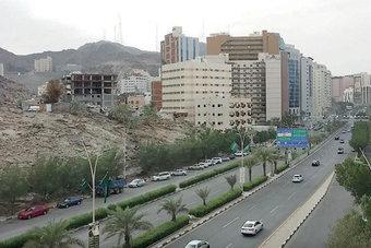 عقارات الدولة  تطرح 3 فرص استثمارية في مكة بإجمالي 18 ألف متر مربع