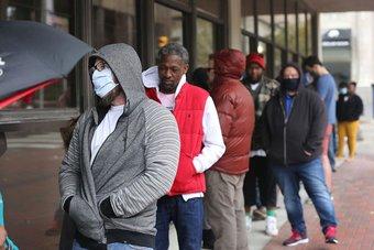 ارتفاع غير متوقع لطلبات إعانة البطالة الأمريكية.. 744 ألف طلب في أسبوع