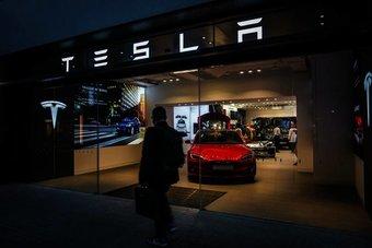 """""""تيسلا"""" تنتقد الإجراءات المطولة للموافقة على مصنعها الضخم في ألمانيا"""