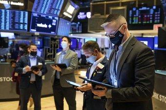 """ارتفاع المؤشرات الأمريكية .. """"ستاندرد آند بورز"""" عند ذروة قياسية بفضل أسهم التكنولوجيا"""