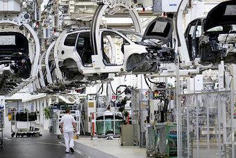 انخفاض مفاجئ في الإنتاج الصناعي الألماني خلال فبراير