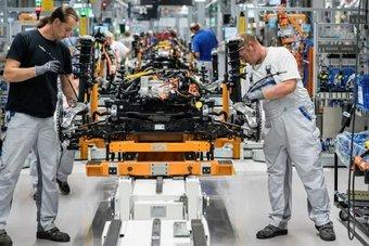 الناتج الصناعي في إسبانيا يتراجع 2.1% خلال فبراير