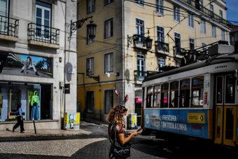 البرتغال تفتح أبوابها للسياح اعتبارا من الإثنين