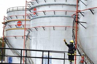 تراجع الطلب على الوقود في الهند وسط موجة عنيفة من إصابات كورونا