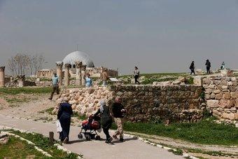 هبوط الدخل السياحي بالأردن 78% في الربع الأول للعام الحالي