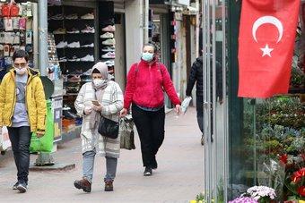 بريطانيا : يجب السماح لمنظمة الصحة العالمية بالتحقيق في مصدر كورونا