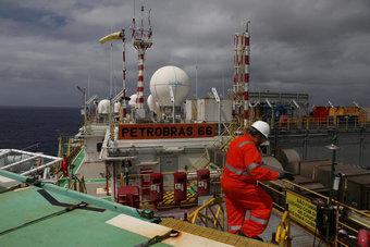"""""""وكالة الطاقة"""": الطلب على النفط في 2022 سيتجاوز مستويات ما قبل """"كورونا"""""""