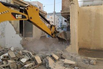أمانة جدة : إزالة عقارات مخالفة تسببت في تعطيل أحد الشوارع