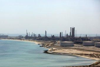 """""""جولدمان ساكس"""" يرفع توقعاته لنمو الاقتصادي السعودي إلى 4.5 % في 2021"""