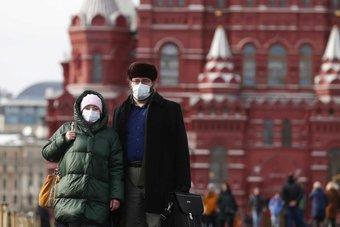 روسيا تحسن توقعاتها لأداء الاقتصاد في الربع الأول إلى انكماش 0.7%