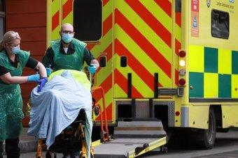 بريطانيا تسجل زيادة كبيرة في الإصابات بالسلالة دلتا من كورونا