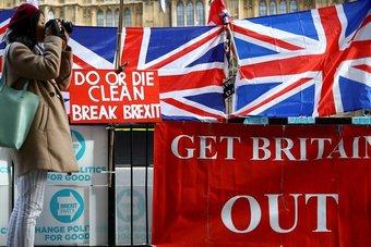 بعد 5 أعوام من استفتاء بريكست .. بريطانيا تجد نفسها منقسمة ومشوشة