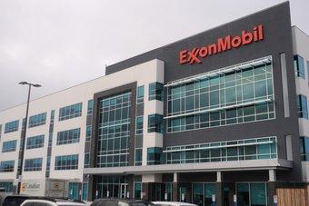 """مسؤولة جديدة في شركة """"إكسون موبيل"""" تسعى نحو مصادر متجددة للطاقة"""