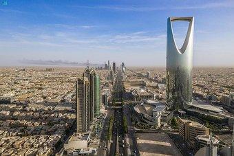 الرياض .. قلب المملكة النابض بالأضواء والحياة والأجواء السياحية