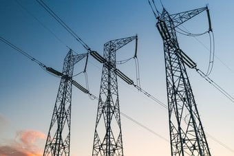 الطلب على الكهرباء أسرع نموا مقارنة بالطاقات المتجددة.. ارتفع 5% في 2021