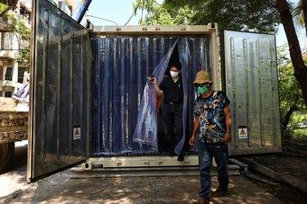 عدد قياسي للإصابات اليومية بكورونا تايلاند.. تجاوزت 10 آلاف حالة