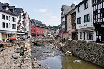 الحكومة الألمانية توافق على حزمة إغاثة ضخمة بعد الفيضانات المدمرة