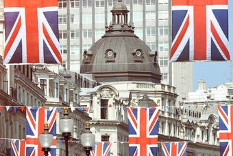 انجلترا ستسمح بدخول السياح الأوروبيين والأمريكيين الذين تلقوا جرعتين