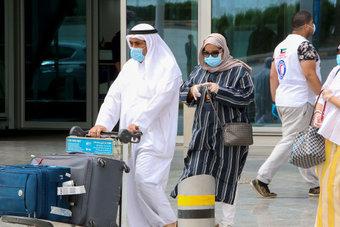 الكويت تحظر سفر المواطنين غير الحاصلين على لقاحات كورونا