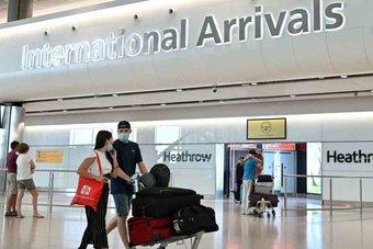 بريطانيا تتوقع أن تغير أمريكا قواعد السفر في الوقت المناسب
