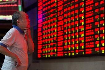 التدابير الصارمة تهز أسواق المال الصينية وتطيح بمليارات الدولارات من الأسهم المدرجة