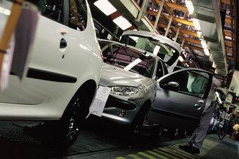 نقص الرقائق يواصل تداعياته على مبيعات السيارات الجديدة في ألمانيا
