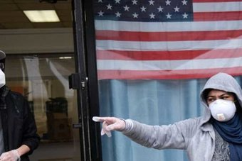 أمريكا تعتزم تمديد إلزام الناس بوضع كمامات في وسائل النقل حتى 18 يناير