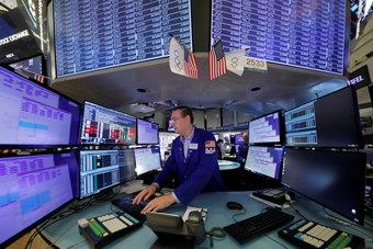 أكبر تدفقات أسبوعية لصناديق الأسهم في شهرين .. 19.64 مليار دولار