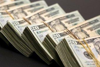 الدولار عند أدنى مستوى في 3 أسابيع والأنظار تترقب بيانات الوظائف الأمريكية