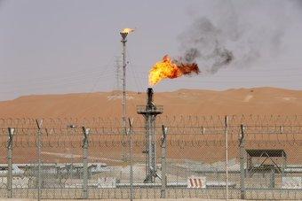 6.65 مليون برميل يوميا صادرات النفط السعودية في يوليو والإنتاج يرتفع
